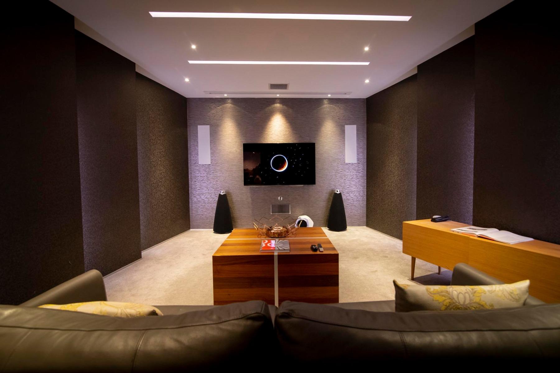 TV & Home Cinema