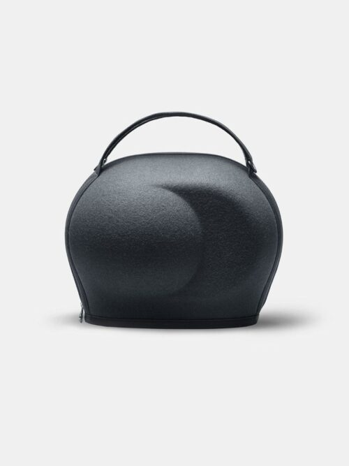 A great carry case and protective case for your devialet phantom speakers.