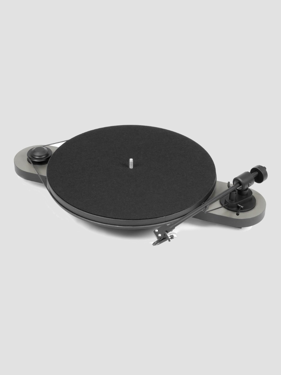 A cheap and easy to use turntable by Pro-Ject.